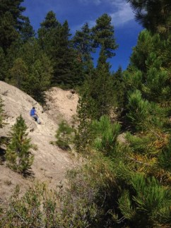 Rockhounding - Lucky Strike Mine, digging for Thundereggs